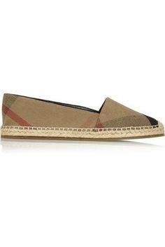 Multicolored canvas Slip on Beige Sandals, Burberry Shoes, Burberry Brit, Women's Shoes Sandals, Flats, Pretty Shoes, Cute Shoes, Womens Fashion