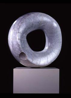 Isamu Noguchi . grey sun, 1967