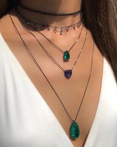 Tiny Diamond Heart Necklace / Mini Diamond Hear Pendant in Gold / Diamond Heart Necklace Micro Pave Setting - Fine Jewelry Ideas Cute Jewelry, Body Jewelry, Jewelry Accessories, Fashion Accessories, Jewelry Necklaces, Jewelry Design, Women Jewelry, Fashion Jewelry, Jewellery