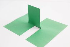 """Easy paper illusion, fun """"trick"""" for the kids to impress their friends!"""