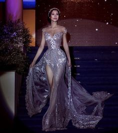 Immagine di dress, fashion, and style Source by cherrymodel dresses glamour Elegant Dresses, Pretty Dresses, Fairytale Dress, Gala Dresses, Fantasy Dress, Looks Chic, Beautiful Gowns, Dream Dress, Look Fashion