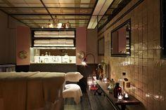 QT Sydney's SpaQ treatment room, using Uspa skincare as their main product line to perform unique Uspa treatments.