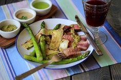 "Beef steak with asparagus and zucchini ""ПРО воскресный обед"" для #фудфотооктябрь_16  от @foodphotomonth  #foodphotomonth #foodphotononstop #beef #lunch #asparagus #zucchini #sauce #vine #vegetables #steak #beautifulcuisines #feedfeed #tastyfood #foodstagram #meat #foodphoto #мясо #телятина #цуккини #спаржа #обед #соус #вино #top_food_of_instagram #foodgasm #foodstyling #foodphotographer #foodie #фотоеды#  Yummery - best recipes. Follow Us! #tastyfood"