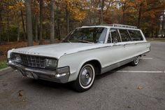 1965 Chrysler New Yorker Station Wagon