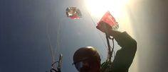 Este jovem não estava a espera do que aconteceu ao seu paraquedas neste salto. O que parecia ser um salto normal e de pura adrenalina e diversão, acaba por não correr muito bem! TopaIsto