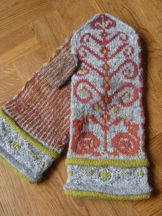 Ravelry: Project Gallery for Norwegian Snail Mittens pattern by Adrian Bizilia