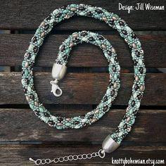 Bekijk dit items in mijn Etsy shop https://www.etsy.com/nl/listing/571808159/seafoam-kralen-ketting-bruin-mint