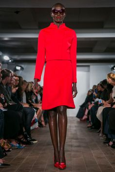 A look from the Zac Posen Spring 2015 RTW collection.