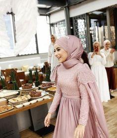 Super Ideas for dress hijab party muslim – Hijab+ – Hijab Fashion 2020 Hijab Gown, Kebaya Hijab, Hijab Dress Party, Kebaya Dress, Hijab Outfit, Kebaya Modern Hijab, Muslimah Wedding Dress, Hijab Wedding Dresses, Dress Wedding