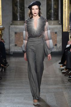 Luisa Beccaria Fall 2015 Ready-to-Wear - Collection - Gallery - Style.com - Want those slacks!