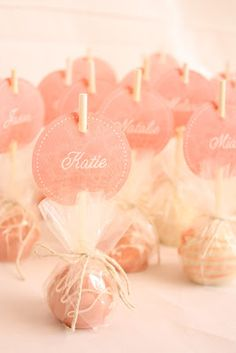 Beautiful Cake-pops which double as name/place tags.