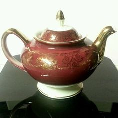 Homer Laughlin Lady Stratford Teapot Maroon w/ Gold Filigree Eggshell Nautilus  #HomerLaughlin