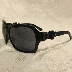 1dceddf06d6f 26 Best Handbags images | Leather clutch, Clutch wallet, Black leather