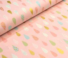 Zarter Stoff mit glitzernden Tropfen / romantic fabric with glitter drops on it by Rosie & Hein via DaWanda.com