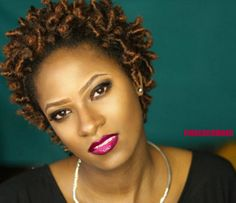 FINGERCOMBER TEENIE WEENIE AFRO Unit in OMBRE AMBER. No-fuss Holiday Protective Style!