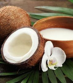 How To Use Coconut Milk For Hair Growth