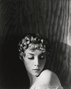 Helen Bennett: Hair, 1935 (Horst P. Horst) ** pin curls was the style .. my mom's style, back in the day... ;)
