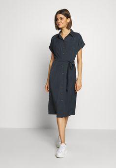 ONLY Skjortekjole - india ink - Zalando.no India Ink, Summer Looks, Dresser, Indie, Dresses For Work, Shirt Dress, Hair Styles, Fashion, Feminine Fashion