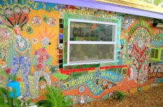 DOWN THE PATH, MOSAICS FOREVER! Mosaic Art, Home Art, Paths, Diy Crafts, House, Mosaics, Home, Make Your Own, Homemade