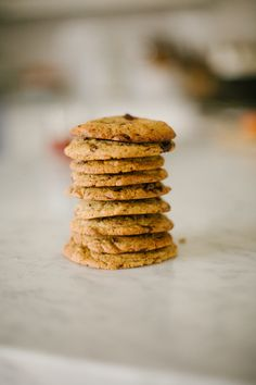 Classic einkorn chocolate chip cookies / foodloveswriting.com