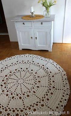 Aurora-matto, Aurora matto, Aurora rug, virkattu matto, virkattu matto ohje, virkattu pitsimatto, trikookude matto, virkattukoti, virkattu koti,