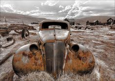 · LOST CAR · Metall · Rost · Industrial Car, Vehicles, Pro Art, Lost Places, Aluminium, Motto, The 100, Industrial, Products