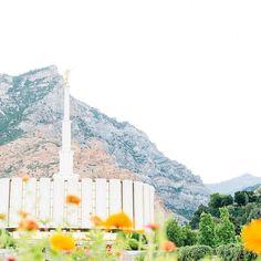 Provo Utah  PC: @brittanygurrphoto  #ldstempleaday #mormontemple #mormon #lds #provotemple #ldschurch #ldstemples #ldstemple