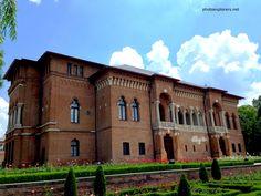 Domeniul si Palatul brancovenesc Mogosoaia http://photoexplorers.net/2013/09/01/domeniul-si-palatul-brancovenesc-mogosoaia/