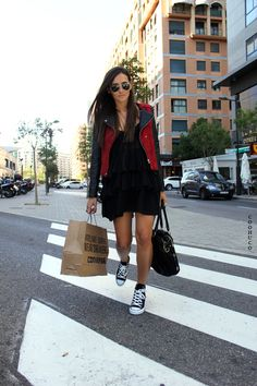 Dress with high tops