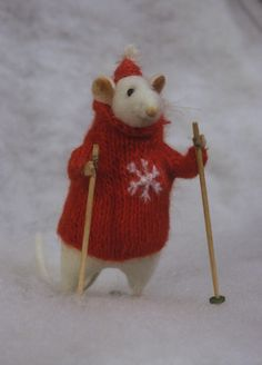 Spoiler alert:  This gives me some ideas for a certain mouse who has been banished to the Northern Lands....