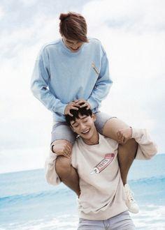 """EXO Photobook """"Dear Happniess"""" in Fiji - Chen and Kai"""