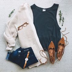 Fall Outfits To Get An Excellent Look This Year 31 Simple But Stylish Women With Jeans Vest And Jacket Outfit Ideas Mode Outfits, Casual Outfits, Fashion Outfits, Womens Fashion, Fashion Trends, Casual Wear, Fashion Ideas, Semi Casual Outfit Women, Fashion Clothes