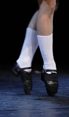 Tip-toe by Ciuva.deviantart.com on @deviantART