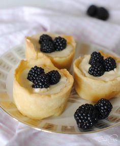 Cheesecaketörtchen mit Brombeeren                                                                                                                                                                                 Mehr