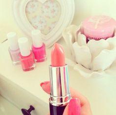 ♡ mac lipstic nailpolish girly stuff