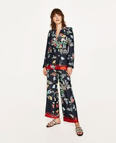 ZARA - WOMAN - FLOWING DOUBLE BREASTED PRINTED BLAZER