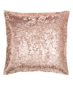 H&M Rose Gold sequin pillow Rose Gold Room Decor, Rose Gold Rooms, Rose Gold Bedroom Accessories, Bedroom Color Schemes, Bedroom Colors, Bedroom Decor, Pine Bedroom, Bedroom Ideas, Deco Rose