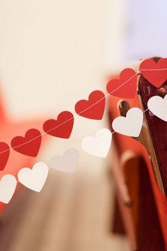 Sewn-Heart-Garland