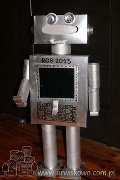 """ROB 2013 - czyli robot z pudełek i rolek ~ """"URWISKOWO"""" Flip Clock, Robot, Nursery, Fashion, Moda, Fashion Styles, Baby Room, Child Room, Robots"""