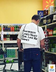 People Of Walmart - Page 37 of 2609 - Funny Pictures of People Shopping at Walmart : People Of Walmart Funny Walmart People, Funny Walmart Pictures, Funny Photos Of People, Walmart Photos, Walmart Shoppers, Random Pictures, Walmart Lustig, Tinder Profile, People Of Walmart