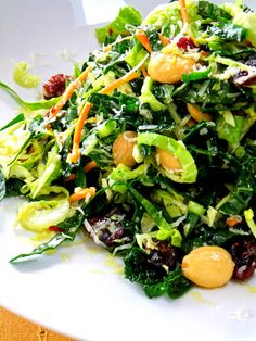 Kale and Brussel Sprout Salad: cranberries, marcona almonds and parmesan cheese in a vinaigrette dressing. Sprouts Salad, Brussel Sprout Salad, Brussels Sprouts, Clean Eating, Healthy Eating, Cooking Recipes, Healthy Recipes, Delicious Recipes, Thanksgiving Side Dishes