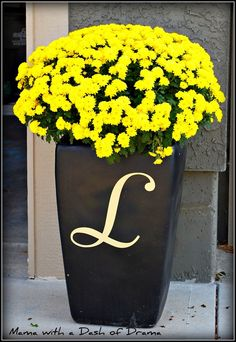 Monogram planter– this is a cute idea–maybe for front porch | Remodel Home
