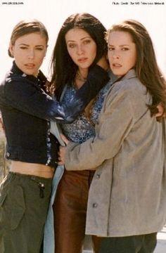 "Charmed. Season 3. ""Murphy's Luck."""