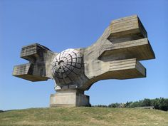 Abandoned Soviet Monuments that look like the future Monument to the Revolution World War II memorial in Podgarić, Croatia, one of Džamonja's best-known Minecraft Architecture, Futuristic Architecture, Amazing Architecture, Art And Architecture, Brutalist Buildings, Amazing Buildings, Retro Futuristic, Abstract Sculpture, Modern Sculpture