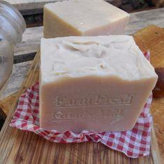 Goat's Milk Soap - <3 Handmade Goats Milk Soap - Goat's milk natural soap bar <3
