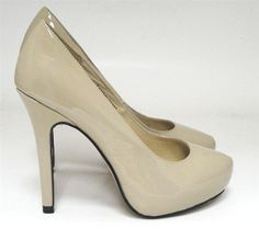 Jamee Small Size Women Shoe Sizes 32,33,34, 35 or Sizes 1,2,3,4 Australian. High heel shoe with 10.5cm heel and 2cm platform in the front. Black sheep upper leather,leather lined, man made sole. Petite, Small sizes, Damenschuhe, small feet