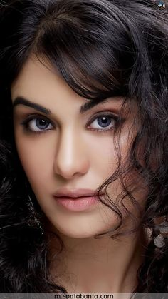 Bollywood Adah Sharma hot and sexy wallpaper 2019 Bollywood Heroine, Beautiful Bollywood Actress, Model Pictures, Girl Pictures, Cool Wallpapers For Girls, Adah Sharma, Indian Actress Hot Pics, Cute Beauty, Beautiful Eyes