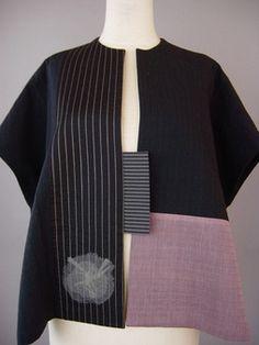 Wrapped Shoulder Vest in Black, White, Blue and Mustard Batik Dress, Kimono Dress, Smock Dress, Kimono Fashion, Fashion Outfits, Plus Size Kimono, Advanced Style, Vest Pattern, Office Outfits