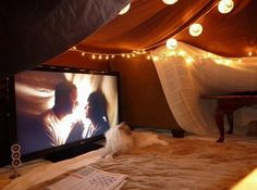 Funny pictures about Spread The Blanket Fort Love. Oh, and cool pics about Spread The Blanket Fort Love. Also, Spread The Blanket Fort Love photos. Attic Theater, Movie Theater, Chill Lounge, Chill Room, Cozy Room, Build A Fort, Do It Yourself Inspiration, Up House, Attic House