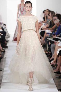 Tulle tales at Oscar de la Renta.  For Authentic Vintage Wedding Jewelry go to: https://www.etsy.com/shop/ButterflyEffectInc